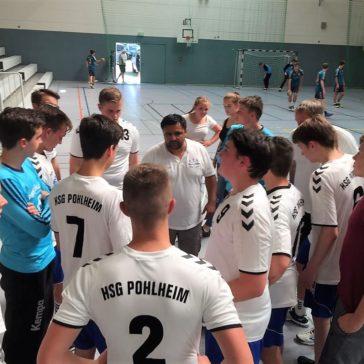 Dezimierter B Jugendkader der HSG Pohlheim qualifiziert sich für Landesliga 2017/18- Tom Gilbert entscheidet Spiel trotz Platzwunde